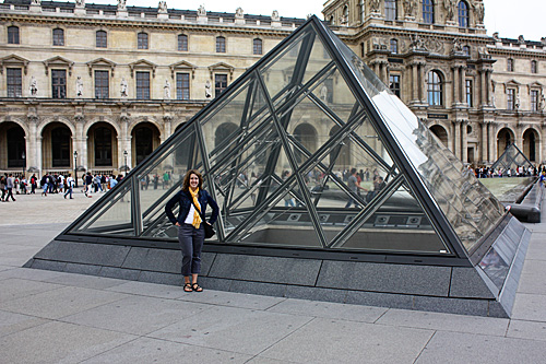 Me-by-Louvre`1