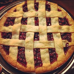 pie, blackberry pie, linzer torte, baked goods, food, dish, dessert, cuisine,