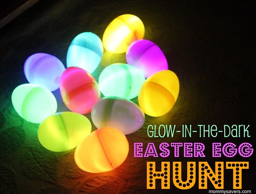 glow_in_the_dark_egg_hunt_mommysavers