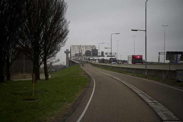 Rotterdam Cycle Track on Bridge_5