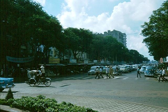 Saigon 1965 (61) - Nguyen Hue Blvd,