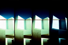 [ - archive -- noisy supersampled minimalismo 323 - ]