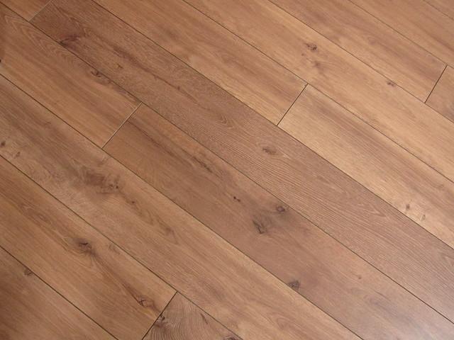 Floor peg