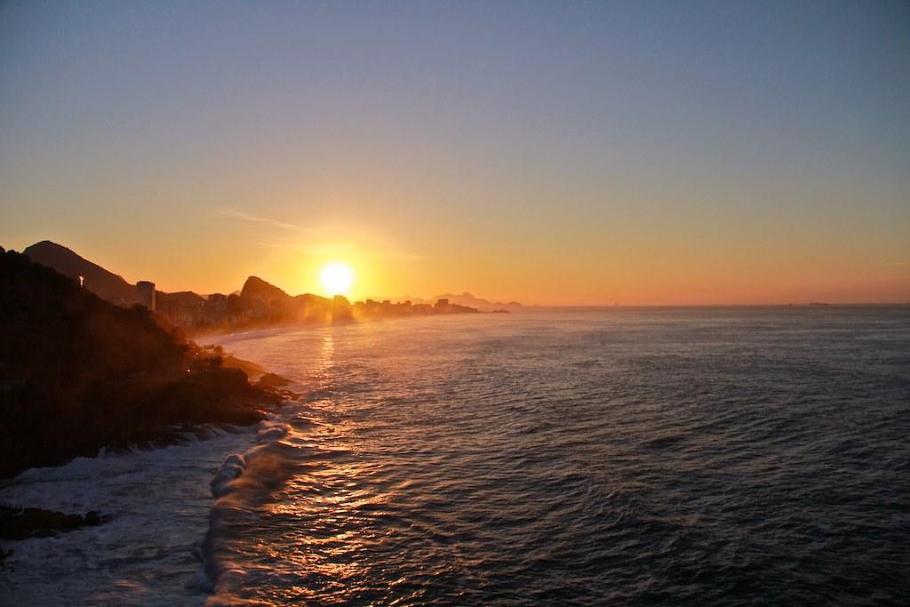Sunrise in Rio 25.04.2012