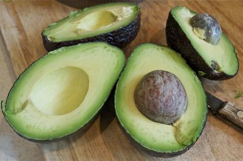 avocado bean dip 3