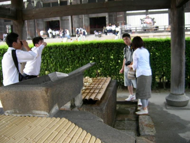 20050619_15_Nara_Todaiji_Water