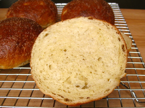 gluten-free brioche buns: look at that texture!