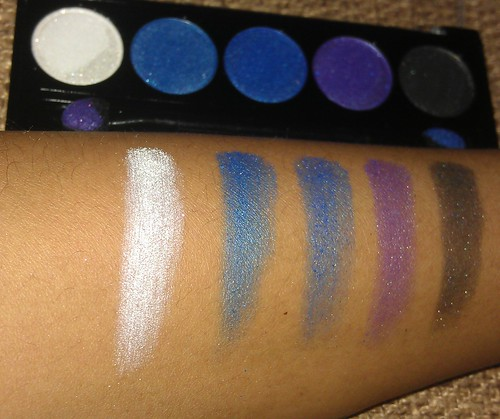 L.A. Colors 5 Metallic Eyeshadow Devious palette swatches