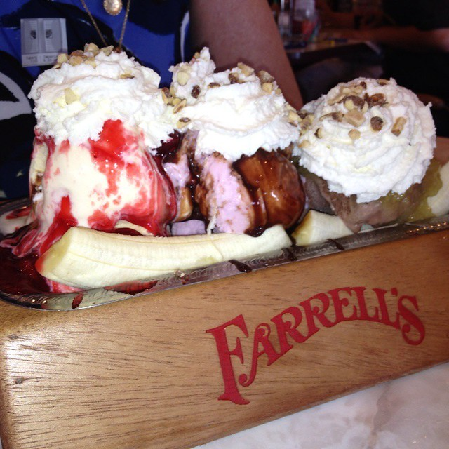 The Pig's Trough @ Farrell's Ice Cream Parlour