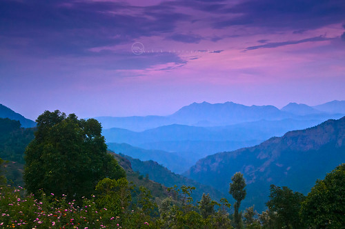 sunset india mountain nature landscape asian asia indian desi layers tamilnadu ooty whitebalance bharat westernghats bharath desh barat barath nilgris ayashok ayashokphotography ootakamund wbblending aya3599