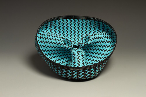 woven-paper-basket-electric-blue