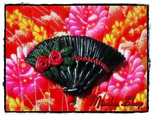 Broche Abanico Negro Dos Rosas