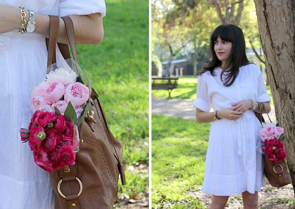 בלוג אופנה, שמלה לבנה, זר פרחים, white shirtdress