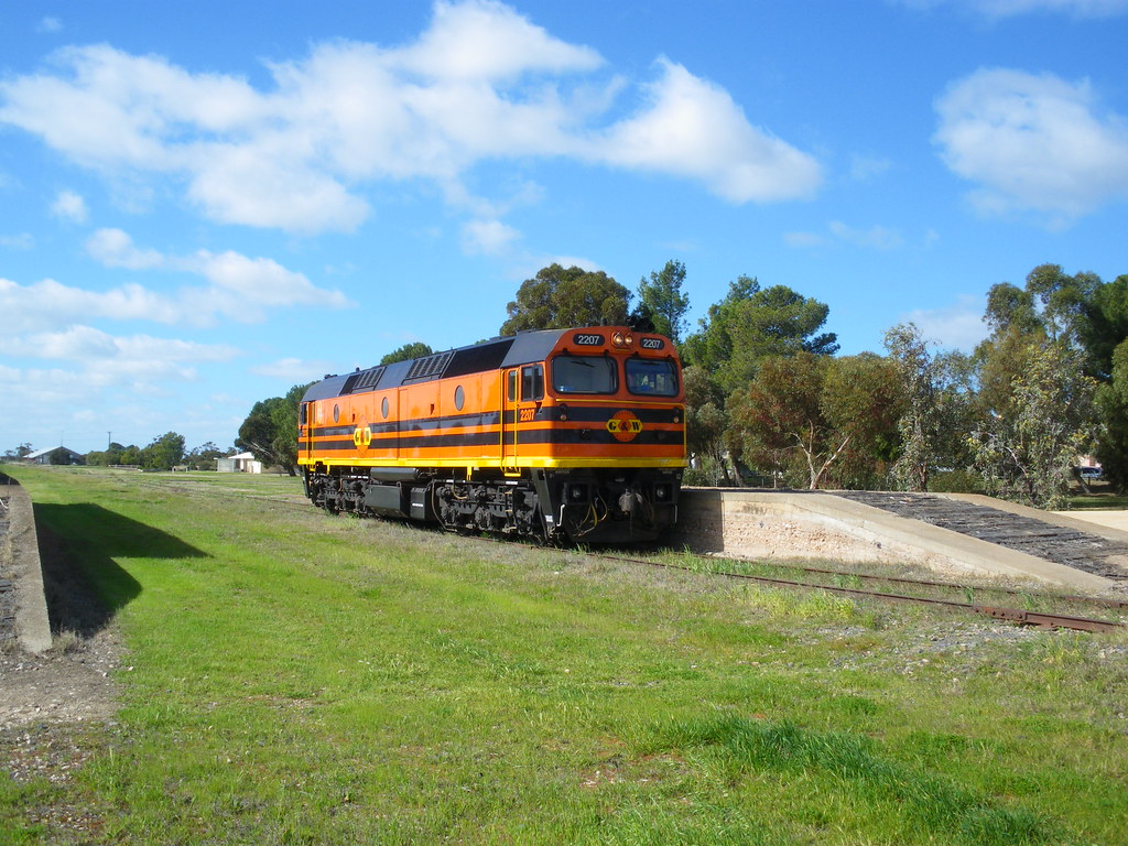 2207 Standing at Pinnaroo, on a crew train trip by alcoworldseries