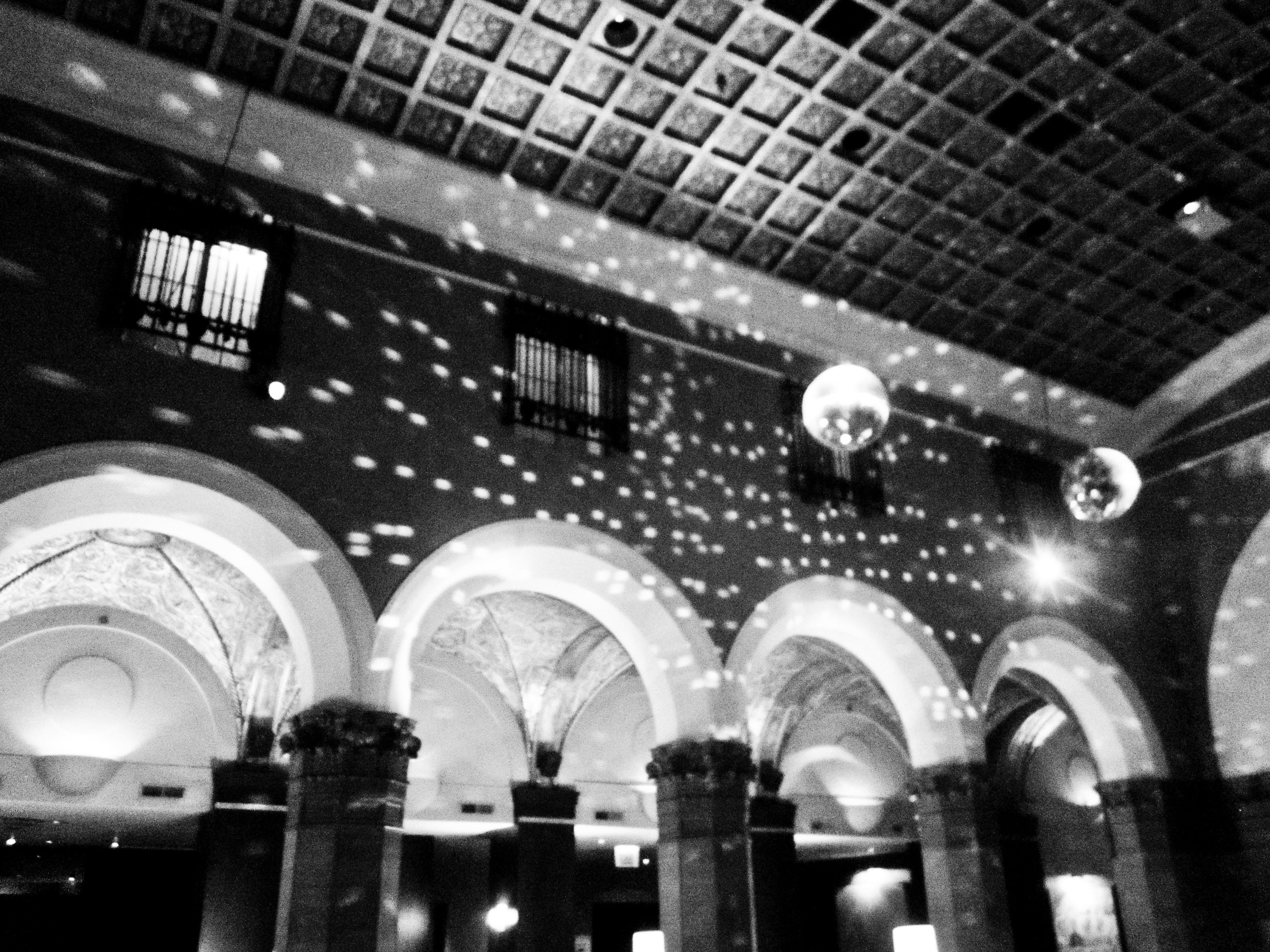 hotel w lights