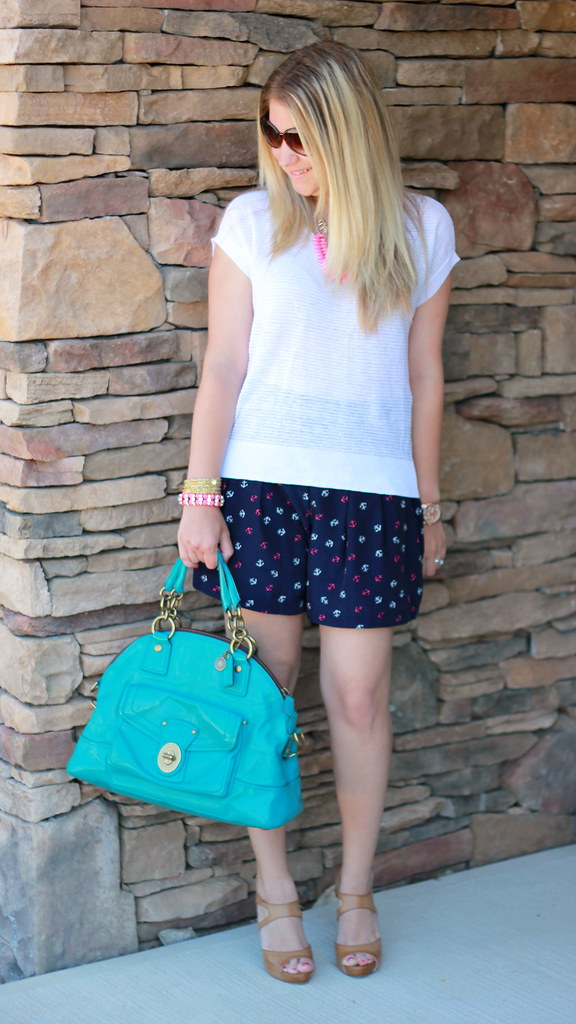 anchor shorts summer outfit