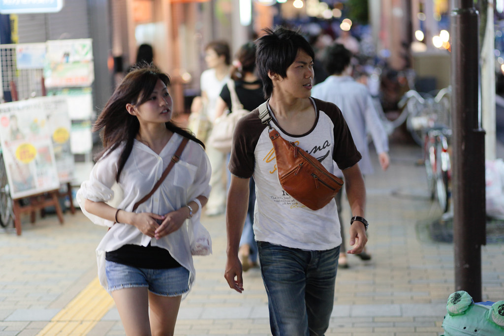 Onoedori 4 Chome, Kobe-shi, Chuo-ku, Hyogo Prefecture, Japan, 0.013 sec (1/80), f/2.0, 85 mm, EF85mm f/1.8 USM