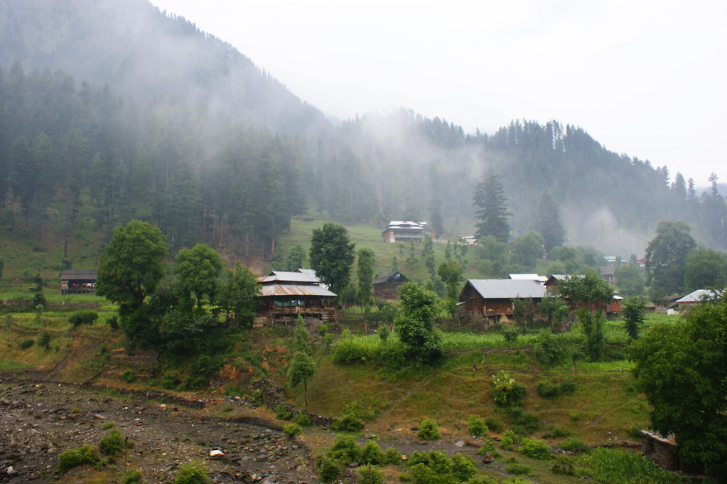 "MJC Summer 2012 Excursion to Neelum Valley with the great ""LIBRA"" and Co - 7588446044 eb4060ecb6 b"