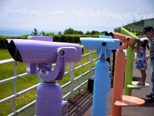 binoculars by hyossie