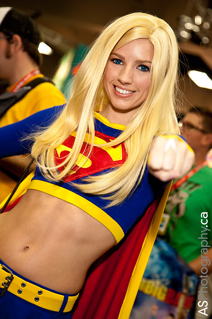 Supergirl at Comic-Con SDCC 2012