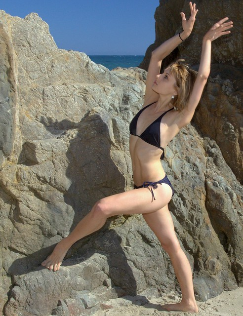 Photoshoot of a Beautiful Professional Ballet Dancer & Swimsuit Bikini Model ...