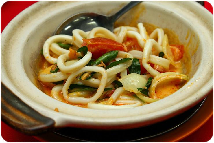 claypot-coconut-sotong