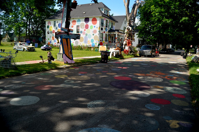 Heidelberg Project by CC user somethingness on Flickr