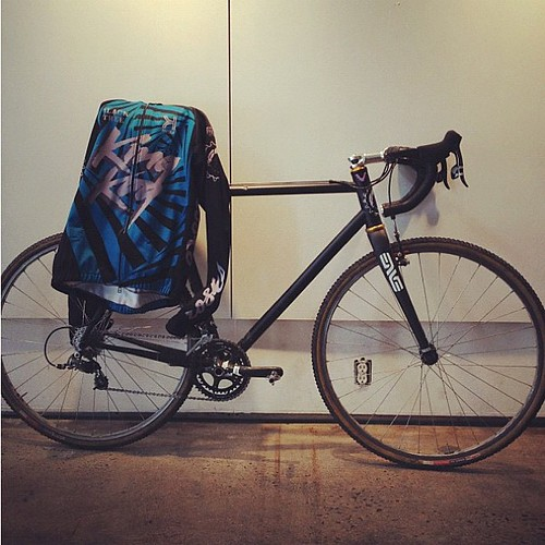 2012 King Kog NYC cyclocross team- kit is looking tight!! Bike ain't too shabby either.