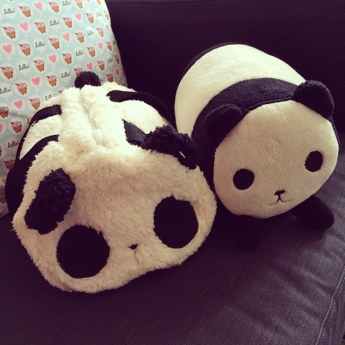 Yay! @jijipunch got me the furry panda bag for my birthday. It looks just like my panda cushion :)