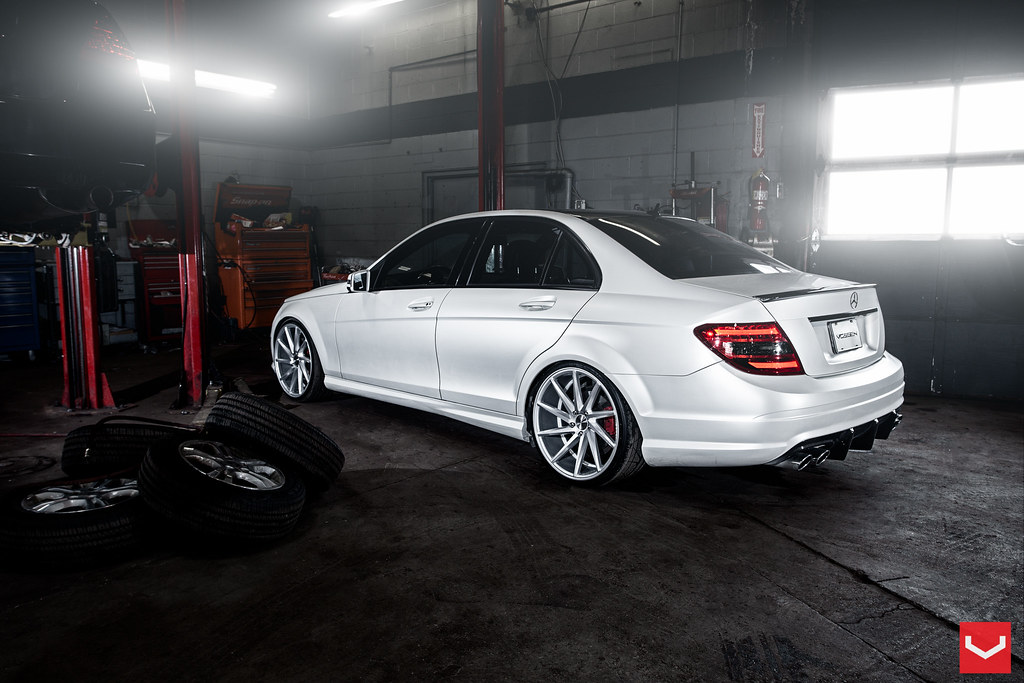 vossen cvt mercedes c class w204 fitted myg37. Black Bedroom Furniture Sets. Home Design Ideas