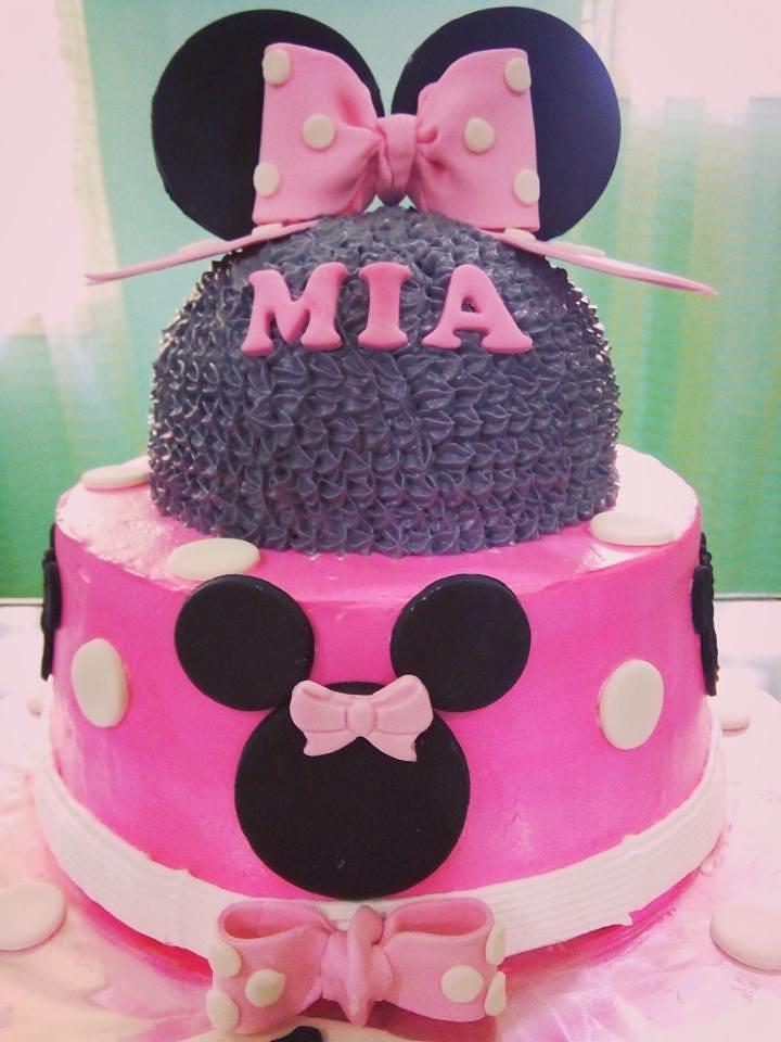 Minnie Mouse Cake - Boiled Icing and Fondant Designs by Catherine Acoba Lara of Ayrrahs Cakes