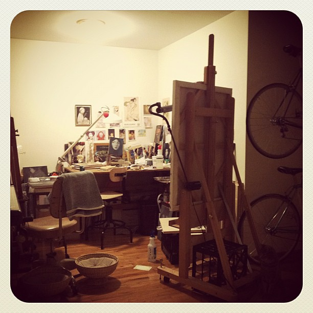Finally settled into my new studio nook (find the kitty!)