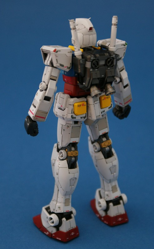 Real Grade 1/144 - RX-78-2 GUNDAM - Completed 5