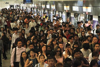 Circle Line disruption: Crowds of commuters affected at Bishan MRT Station, April 18, 2012.