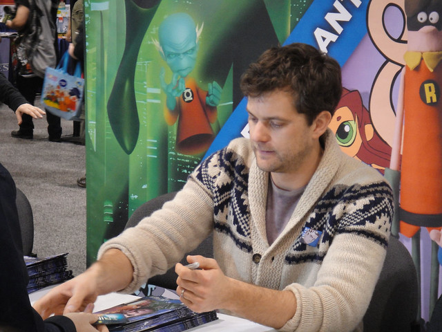 WonderCon 2012 - Joshua Jackson of Fringe signs the Fringe comic he wrote