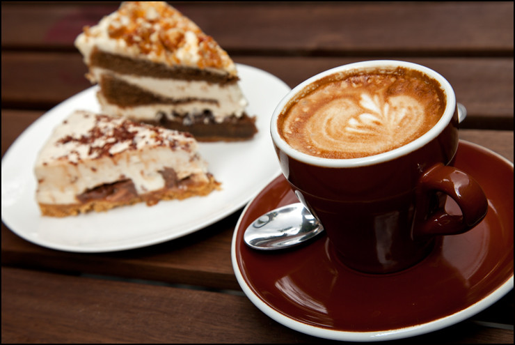 Cappucinno-and-Cakes