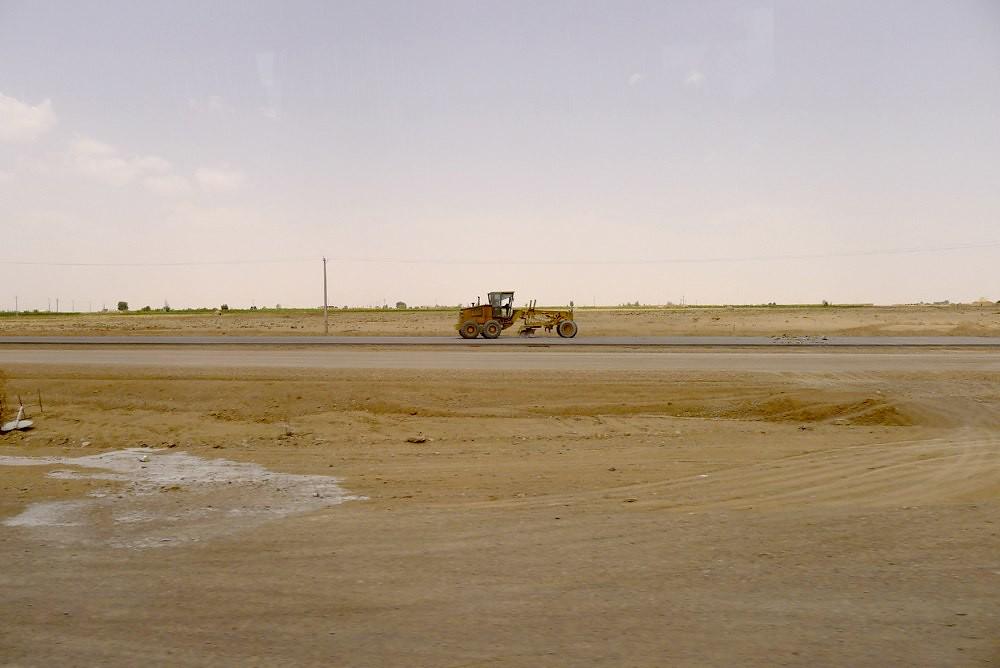 yazd-shiraz-L1020967