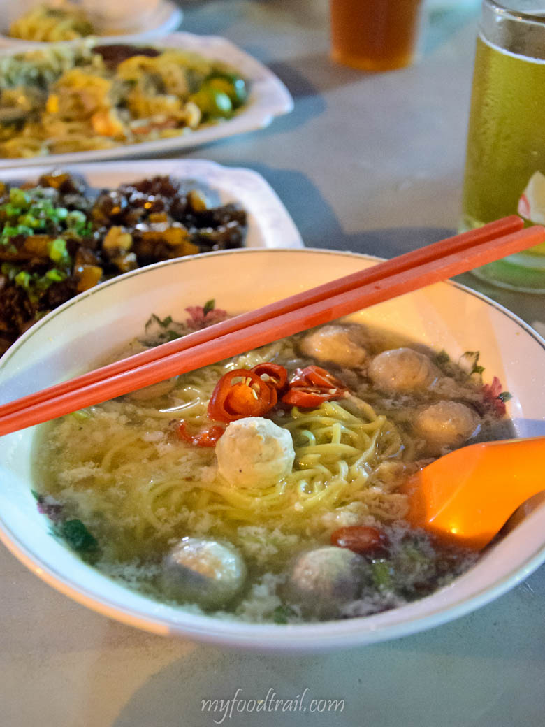 Singapore Hawker Food - Mince meat noodles