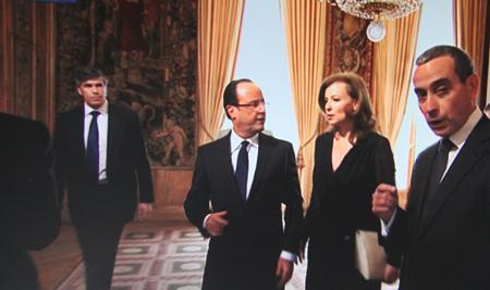 12e15 Hollande llega al Elíseo_0117 variante Uti