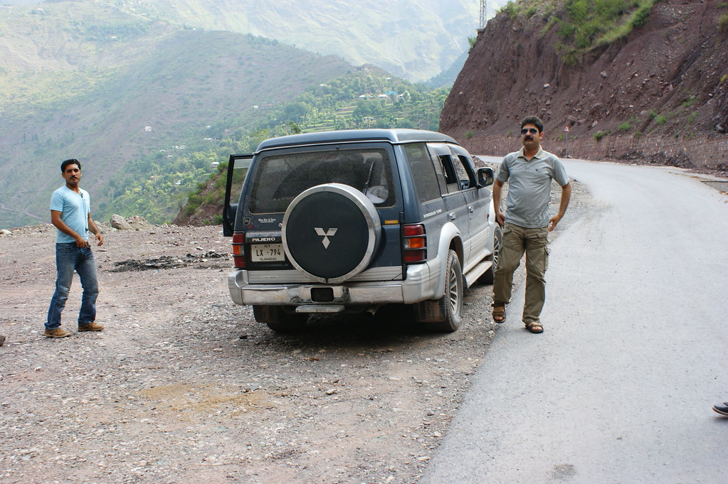 """MJC Summer 2012 Excursion to Neelum Valley with the great """"LIBRA"""" and Co - 7582081724 30c90f081e b"""