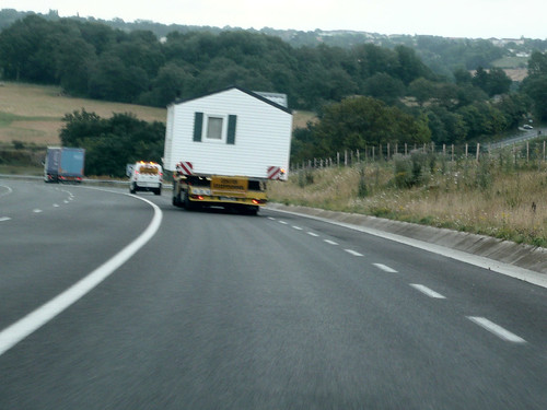 house on lorry