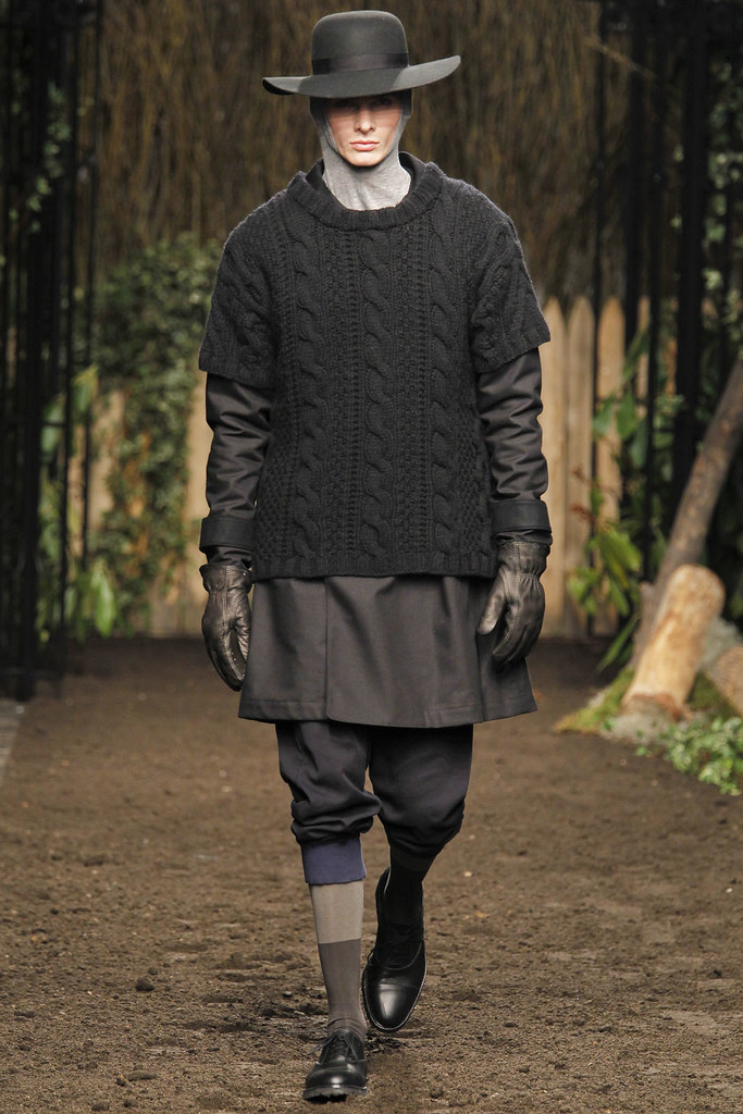 Angus Low3045_FW12 NY Robert Geller(VOGUE)