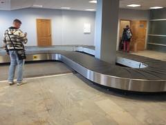 Aéroport de Voronezh, le tapis roulant... qui ne fonctionne pas ^^