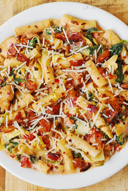 pasta dinners, easy chicken pasta, spinach and artichoke recipes, bacon pasta