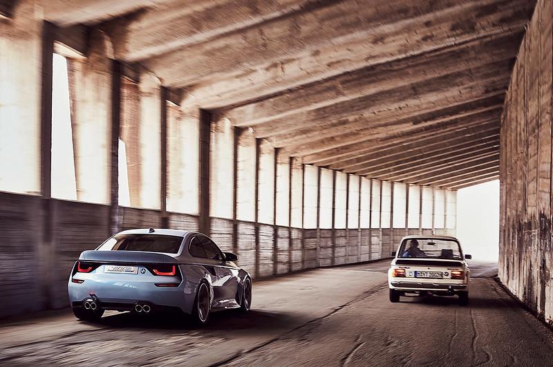BMW_2002_hommage_carbonoctane_5
