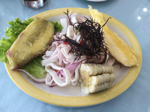 Trujillo: cebiche de calamars