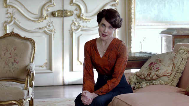DowntonAbbeyS02E07_Cora_orangeblouse