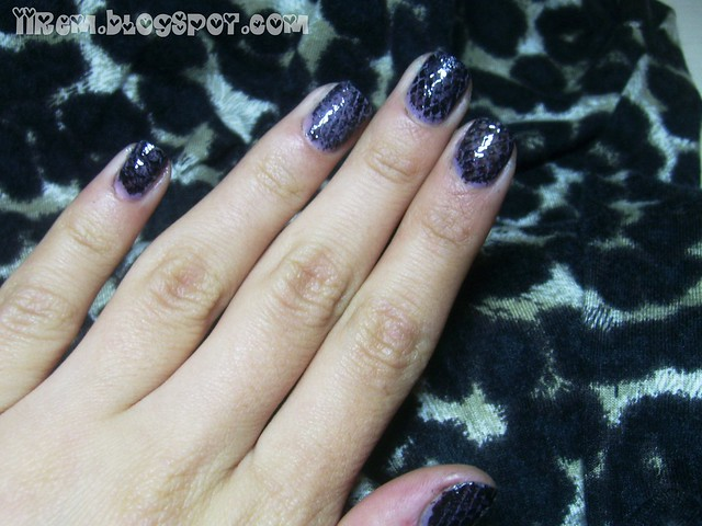 Snake Skin Nails Tutorial (2)
