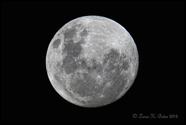 20120505 Full Moon in Southern Hemisphere