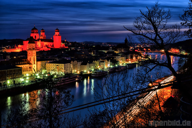 passau bei nacht expl 184 passau and the river danube a flickr photo sharing. Black Bedroom Furniture Sets. Home Design Ideas